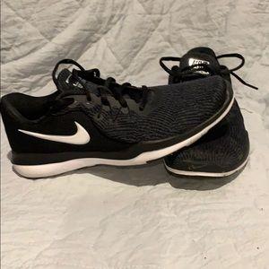 Nike flex tr6 8.5 black zebra